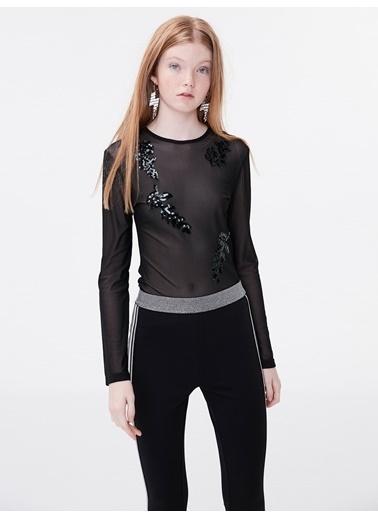 Twist Payet Nakışlı Transparan Bluz Siyah